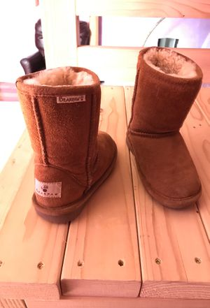 Girls Bear Paw Boots for Sale in Gloversville, NY