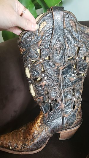 Real snake skin cowboy boots size 6 for Sale in Tampa, FL