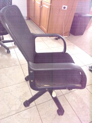 Desk Chair for Sale in Kernersville, NC