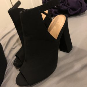 Heels Size 7 for Sale in Milwaukie, OR