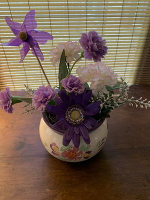 Ceramic vase with artificial flowers for Sale in Carol Stream, IL