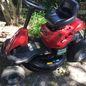 Riding Mower w/ Mulcher And Leaf Attachments for Sale in Newport News, VA