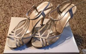 Heels Size 8.5 for Sale in Rochester, MN