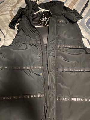 True religion men's vest size XLarge (new) for Sale in Huntington Park, CA