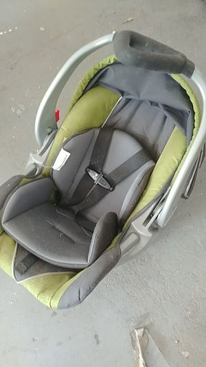 Baby trend car seat without base for Sale in West Dundee, IL