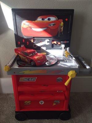 Cars 3 Lightning Mcqueen service station for Sale in Portland, OR