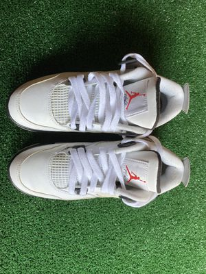 Jordan cement 4 size 5.5y almost brand new for Sale in Huntington Park, CA