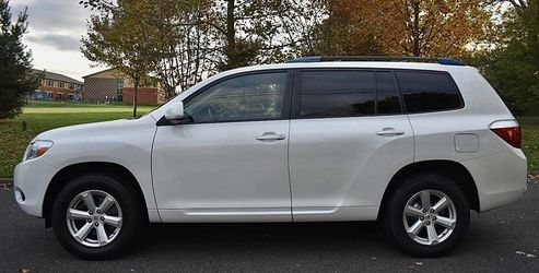 Perfectly Condition 2008 Toyota Highlander AWDWheels💎ujhygtdsfds for Sale in Orlando,  FL