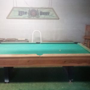 Pool Table And Beer Light Fixture for Sale in Boyce, LA