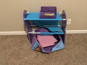 Doc mcstuffins organizer. FREE. PICK UP ONLY. SERIOUS BUYERS ONLY. FCFS. for Sale in Shelbyville, TN