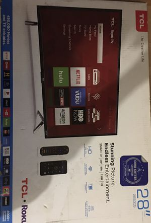 "Class 3 TCL 28"" Roku Tv with VIVO TV wall mount for Sale in Takoma Park, MD"