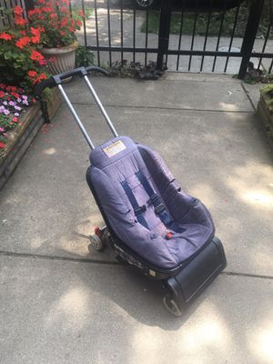 Sit 'N' Stroll 5 In 1 Car Seat/Stroller - Works Great for Sale in Chicago, IL