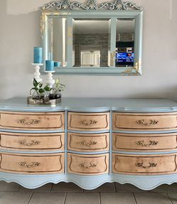Dresser for Sale in Westminster,  CA