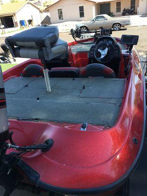 Nitro 700 lx bass boat for Sale in Mesa, AZ
