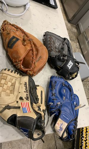 Baseball gloves different sizes for Sale in Lakewood, CA