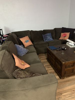 Sectional couch for Sale in San Leandro, CA