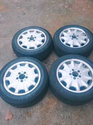 Mercedes rims and tires for Sale in Southington, CT