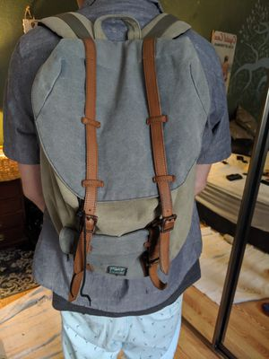 Herschel Backpack for Sale in Lakewood, CA