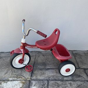 Radio Flyer Red Ryder Trike for Sale in Miami, FL
