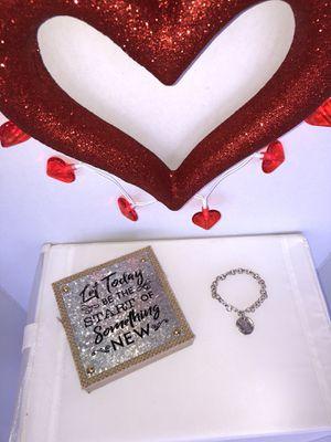 Tiffany & Co, Bracelet - Sterling Silver. for Sale in Fort Lauderdale, FL