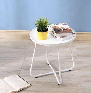 Branca A White Side Table for Sale in Miami, FL