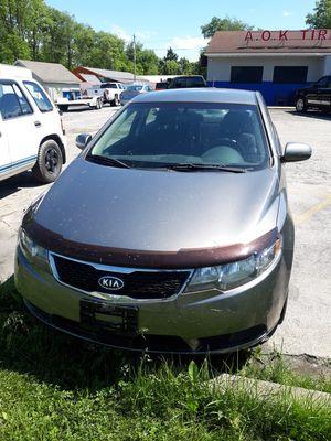 2012 Kia forte sedan ex for Sale in Elyria, OH