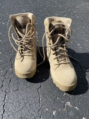 Tactical boots brand new for Sale in Brooksville, FL