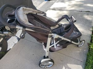 Coche Graco stroller free for Sale in Fort Lauderdale, FL