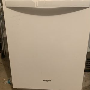 Whirlpool Set- Dishwasher, Stove And Fridge for Sale in East Hartford, CT
