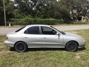 2000 Hyundai ELANTRA only $1500. 5spd. 30 mpg for Sale in Orlando, FL