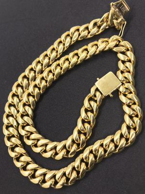18k gold plated Miami cuban men chain necklace for Sale in San Jose, CA