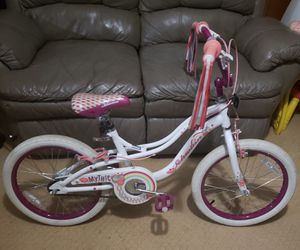 18 Mythic Schwinn Girls Bike for Sale in Trussville, AL