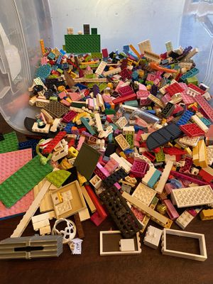 2000 lego pieces Build your custom set for Sale in Gambrills, MD