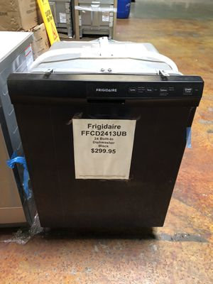 Frigidaire built in dishwasher with manufacturers warranty for Sale in New Lenox, IL
