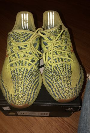 Adidas yeezy 350 for Sale in Chicago, IL