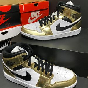 Jordan 1 mid Metallic Gold Black White Size 10.5 Men for Sale in Washington, DC