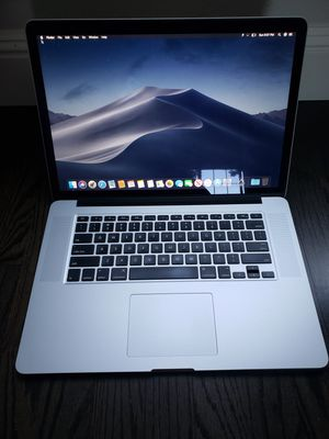 Macbook Pro 15 - 512SSD - 16GB Ram Dual GFX for Sale in Vancouver, WA