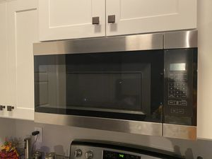 Amana OTR microwave for Sale in Springfield, TN