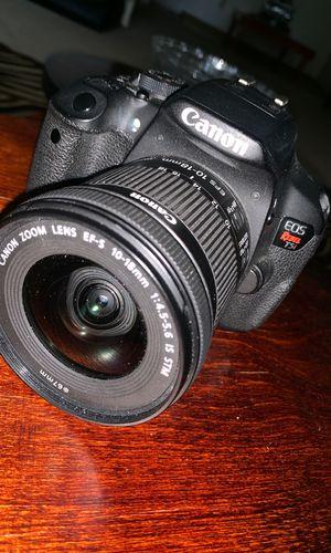 Canon T5i for Sale in Rancho Cordova, CA