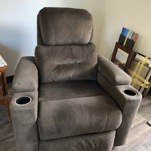 Electric Recliner for Sale in Gresham, OR