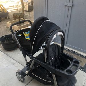 Graco Sit n' Stand Double Stroller for Sale in San Bernardino, CA