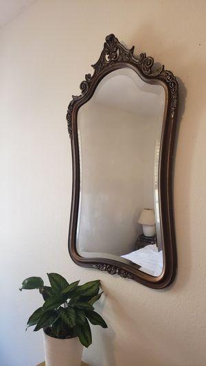 Vintage mirror for Sale in Spring Valley, CA