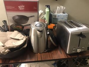 Kitchen appliances, Toaster , Water 💦 Boiler , Pots and pans X3 for Sale in New York, NY