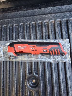 Milwaukee M12 oscillating multi tool for Sale in Riverview, FL