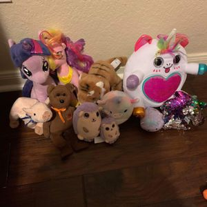 Lots Of Stuffed Animals for Sale in Austin, TX