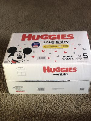 HUGGIES SNUGGLERS 152 DIAPERS SIZE 5 LARGE BOX for Sale in Tacoma, WA