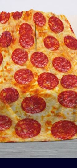 🍕 Large Pepperoni Pizza Blanket Fleece Sherpa Premium Quality 60inx50in for Sale in Bakersfield,  CA