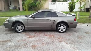 Ford mustang for Sale in TEMPLE TERR, FL