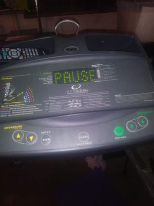 Commercial grade elliptical machine for Sale in Shaker Heights, OH