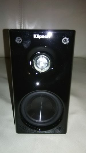 Klipsch speaker (single) for Sale in Oxnard, CA